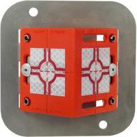 Metall-Adapter feuerverzinkt mit aufgeschraubter Winkel-Vermessungs-Plakette RS80